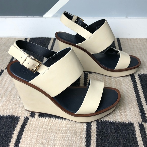 dd21819a5498d Tory Burch Shoes - Tory Burch Lexington Wedge Sandal Size 10 Dulce